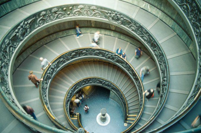 Treppe im Vatikanmuseum